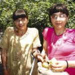 44680 Мама разделенных сиамских близнецов Зиты и Гиты мечтает усыновить детей