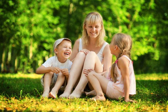 44706 У моей свекрови трое детей. Старший из них мой муж Яша
