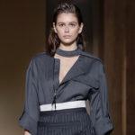 45107 Неделя моды в Милане: Кайя Гербер на показе Salvatore Ferragamo сезона осень-зима 2019/2020