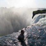 10 фото «Дьявольского бассейна» – одного из опаснейших мест на планете