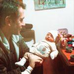 Мария Машкова показала фото отца с маленькой внучкой на руках