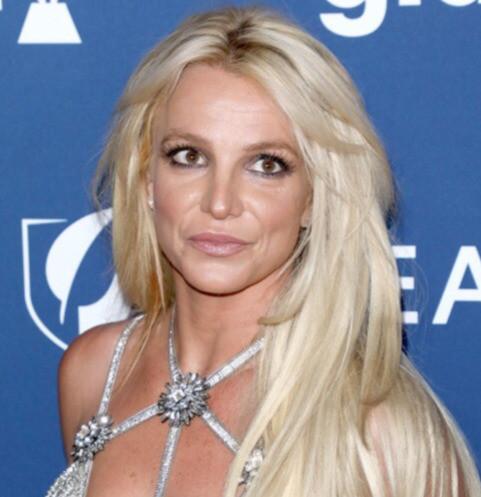 46322 «Ей не стоит возвращаться на сцену»: менеджер рассказал о состоянии Бритни Спирс