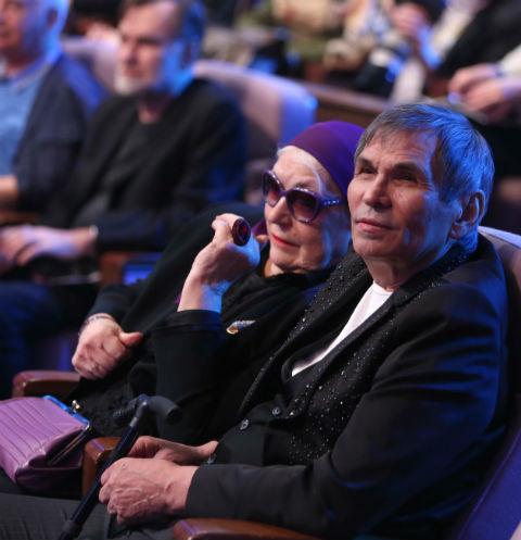 46927 Бари Алибасов: «Лида сидела и держала меня за руку две недели»