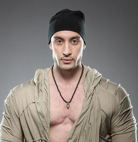 46883 Ведущего шоу «Звезды под гипнозом» Ису Багирова не пустили в Киев