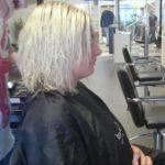 47662 Девушка не знала, как постричься. И парикмахер сделал всё на своё усмотрение
