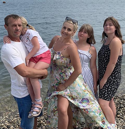 47678 Многодетная мама из Оренбурга спасла дочь с ДЦП, скинула 35 кг и стала бизнесвумен