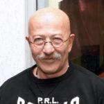 47800 Александр Розенбаум находится в тяжелом состоянии после операции