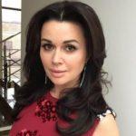 47979 Анастасия Заворотнюк попала в больницу в тяжелом состоянии