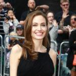 Анджелина Джоли вновь стала блондинкой