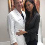 48165 Пластический хирург изменил внешность жены до неузнаваемости