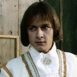 47973 Владимир Шевельков резко постарел: красавца-гардемарина не узнали поклонники