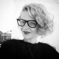 48291 Светлана Бондарчук, Надежда Оболенцева, Ирина Безрукова, Софья Капкова на открытии салона красоты