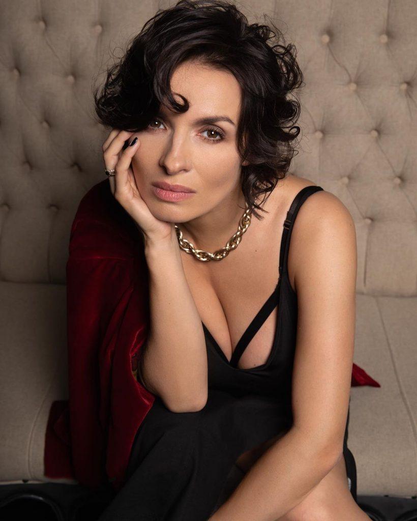 49125 Надежда Мейхер-Грановская восхитила фанатов снимком без макияжа
