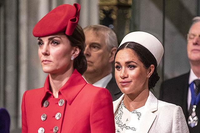 """52310 Кейт Миддлтон в ярости от увеличения своих обязанностей после отставки Меган Маркл и принца Гарри: """"Она истощена"""""""