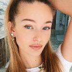 """51720 Кристина Романова показала растяжки на ягодицах после родов и выступила против бодишейминга: """"У всех есть недостатки"""""""