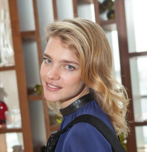 Кто сказал что Водянова красавица? Посмотрите внимательней на ее фотографии