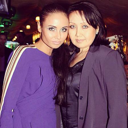 Ляйсан Утяшева с мамой Зульфией