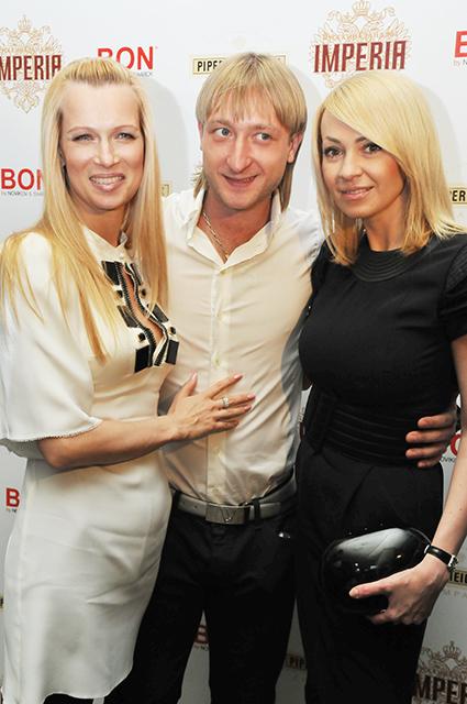 Олеся Судзиловская, Евгений Плющенко и Яна Рудковская