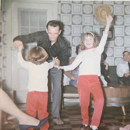 Шэрон Стоун (справа) с сестрой Келли