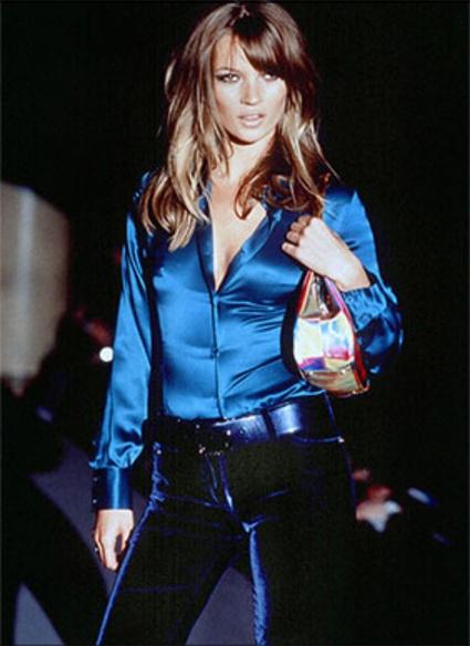 Кейт Мосс на показе Gucci в 1995 году