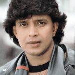53118 23 года назад индийский актер Митхун Чакраборти взял под опеку девочку. Как сложилась её жизнь?