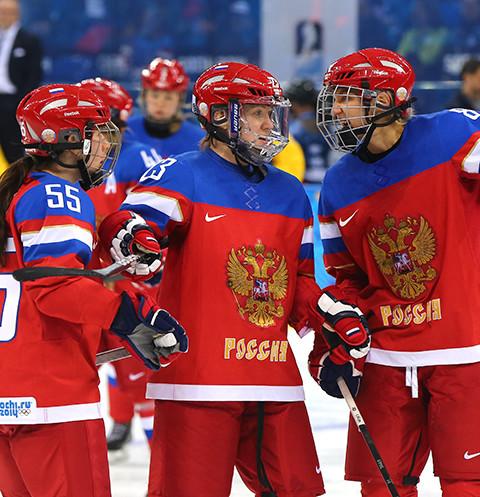 Женская сборная занимала шестое место.