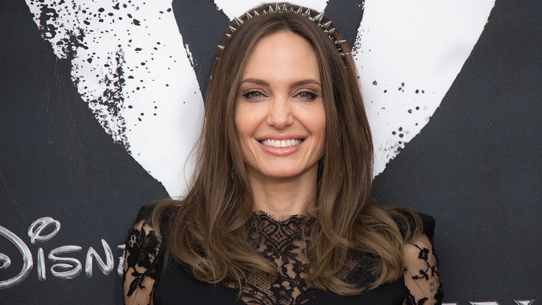 Анджелине Джоли — 45: самые красивые образы актрисы