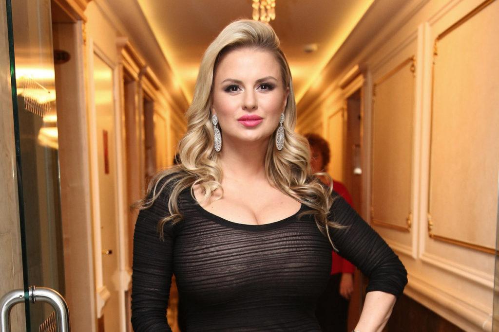 Топ 5 российских актрис которых любят только за формы