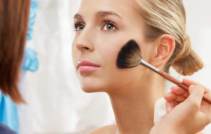 56272 Бьюти-тенденции в повседневном летнем макияже