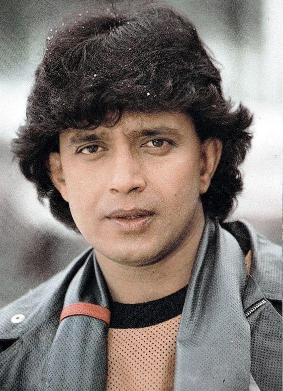 23 года назад индийский актер Митхун Чакраборти взял под опеку девочку. Как сложилась её жизнь?