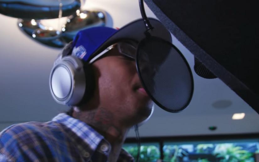 56191 Usher — California, новый клип