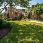 53442 В США продается особняк в подвале которого есть собственный город
