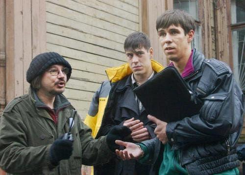 Балабанов с Дюжевым и Паниным на съёмках «Жмурок»; Фото с аккаунта @actor.panin в Instagram