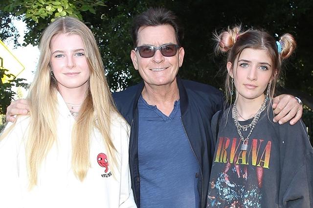 Чарли Шин с дочерьми