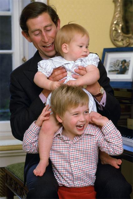 Принц Чарльз с сыновьями Гарри и Уильямом, 1985 год