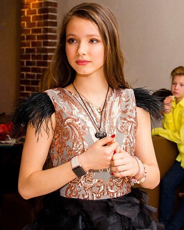 Помните Машу из «Ворониных»? Девочке уже 16 лет