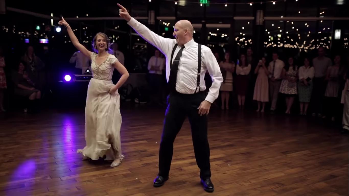 Необычный свадебный танец отца и дочери
