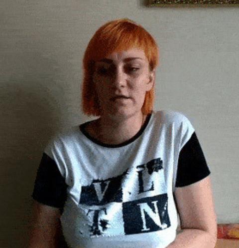 61288 Мама жестоко убитой Вики Тепляковой оставила ее маленького брата и пропала