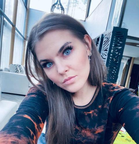 59043 Солистка Little Big Софья Таюрская рассказала о том, как похудела на 15 килограммов