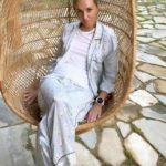 62437 Татьяна Навка с округлившимся животиком посетила Пушкинский музей