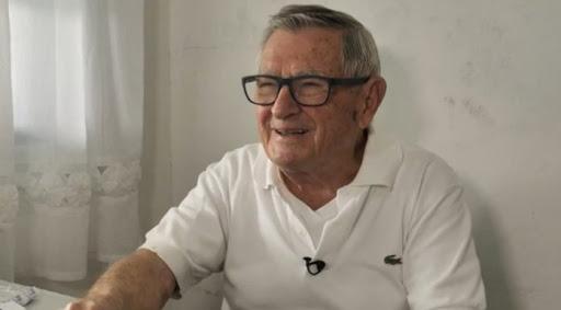 92-летний педиатр бесплатно лечит детей из бедных семей