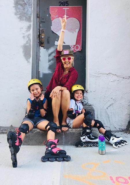 Ольга Шелест с дочерьми