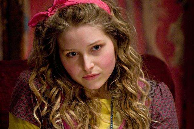 """Звезда """"Гарри Поттера"""" Джесси Кейв рассказала, что была изнасилована в возрасте 14 лет"""