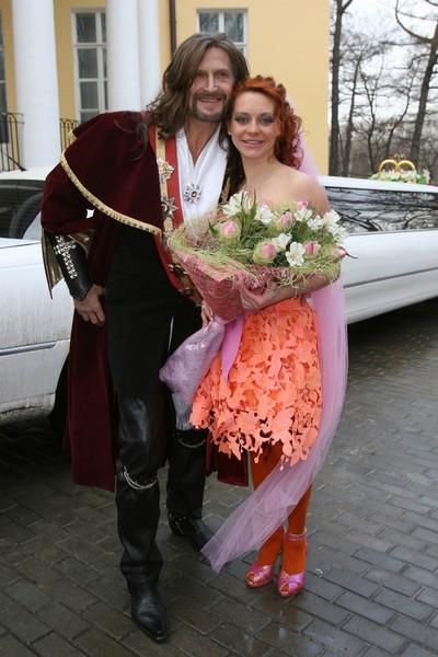 Никита Джигурда и Марина Анисина поженились 23 февраля 2008-го