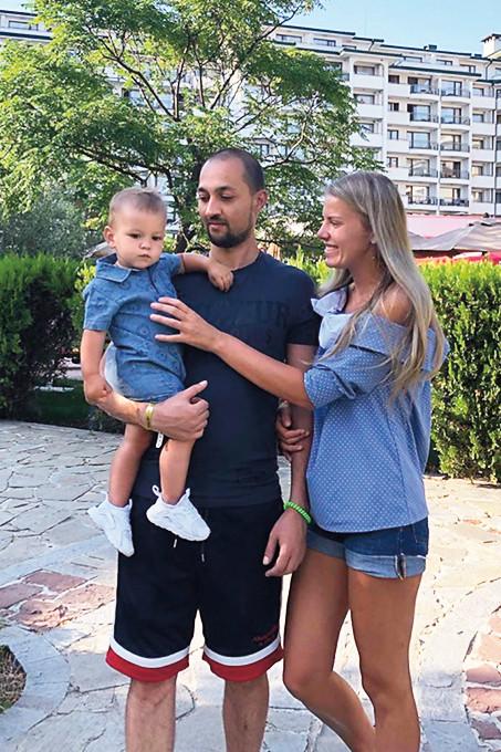 «Невестка-красавица…»: Кудрявцева показала семью старшего сына