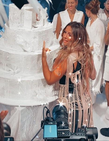 Певица отпраздновала день рождения с размахом