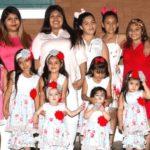 63364 Ей всего 29 лет, а она родила уже 14 девочек, а все потому, что семья мечтает о мальчике