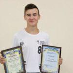 65310 В Одессе 15-летний школьник спас мужчину, который в воде потерял сознание
