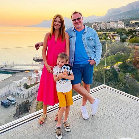 Владимир Пресняков и Наталья Подольская с сыном