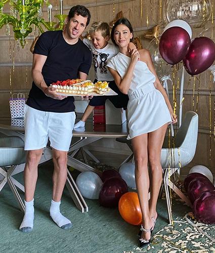 Евгений Малкин и Анна Кастерова с сыном Никитой